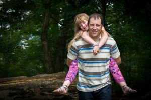 Outdoor-Family-Portraits-Cheshire-0010.jpg